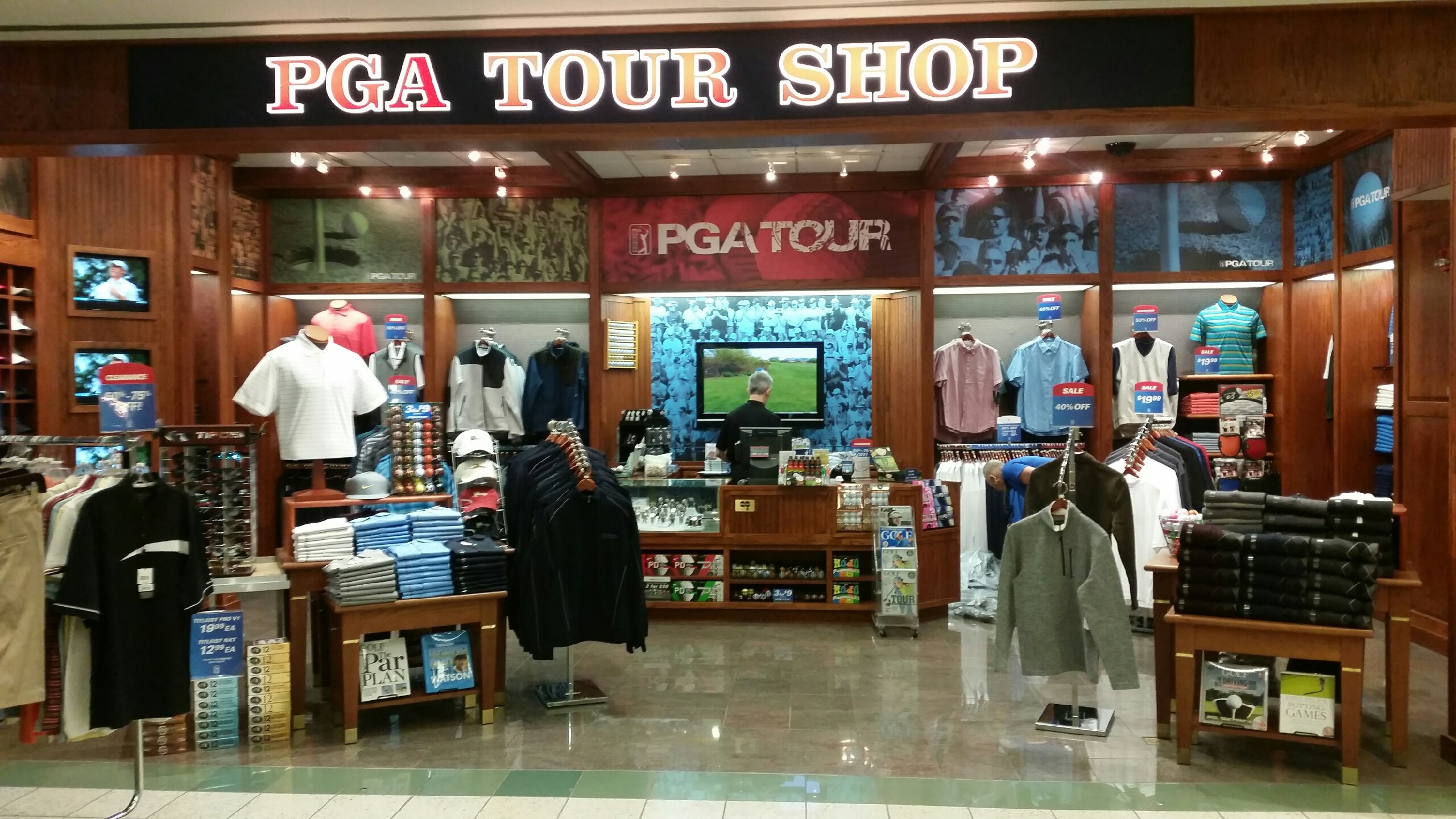 For the golfer who has everything: 8 super-luxe items from the PGA Merchandise Show.